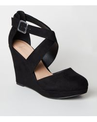 1cc525cadd7 New Look Wide Fit Black Comfort Suedette Strappy Wedges in Black - Lyst