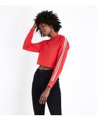 New Look - Red Raglan Stripe Sleeve Cropped Hoodie - Lyst