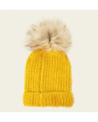 1062069c9e1 New Look Pink Contrast Knit Faux Fur Pom Pom Hat in Pink - Lyst