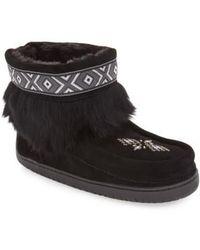 Manitobah Mukluks - 'keewatin' Genuine Shearling And Rabbit Fur Boot - Lyst