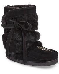 Manitobah Mukluks - Beaded Short Wrap Genuine Rabbit Fur & Shearling Boot - Lyst