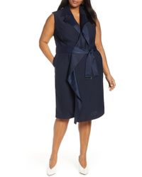 c8537ee14027 Carolina Herrera Sleeveless Trench Dress in Black - Lyst