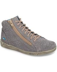 Cloud - Aika Star Perforated High Top Sneaker - Lyst