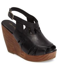 Very Volatile | Sloane Platform Wedge Sandal | Lyst