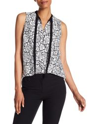 Adrianna Papell - Sleeveless Tie-neck Lace Blouse - Lyst
