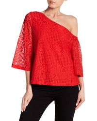Laundry by Shelli Segal - Asymmetrical Sleeve Lace Top - Lyst