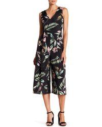 Vince Camuto - Floral Print Cropped V-neck Jumpsuit - Lyst