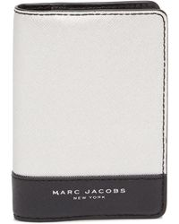Marc Jacobs - Bifold Metallic Leather Passport Holder - Lyst