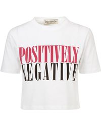 Être Cécile - Positively Negative Crop T-shirt - Lyst