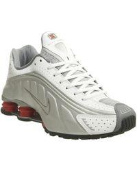 0b0f657d4e11 Lyst - Nike Shox R4 in Metallic for Men