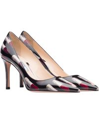 Prada - Patent Leather Pumps With Lipstick Print - Lyst