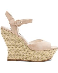 Alice + Olivia - Jana Wedge In Beige - Lyst