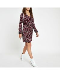 River Island - Petite Plisse Geo Heart Print Tea Dress - Lyst