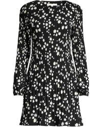 3018234917 Maje Rockiz Pleated Daisy Print Dress in Black - Lyst