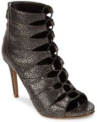 Kenneth Cole - Crisscross Leather Pumps - Lyst