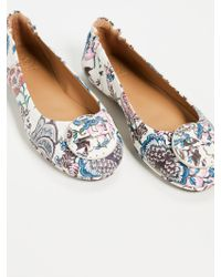 e7019f11ce7 Tory Burch Women s Minnie Floral Leather Travel Ballet Flats in Blue ...