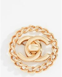 What Goes Around Comes Around - Chanel Cc In Circle Pin - Lyst
