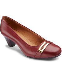 Clarks - Fearne Shine Court Shoes Ee Fit - Lyst