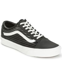 ac1779cc03a Vans - Old Skool Women s Shoes (trainers) In Black - Lyst