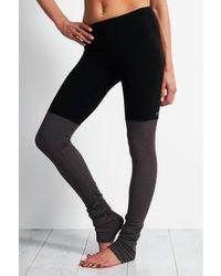 Alo Yoga - Goddess Ribbed Legging Women's Tights In Black - Lyst
