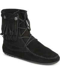 Minnetonka - Double Fringe Tramper Boot Women's Mid Boots In Black - Lyst