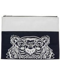 KENZO Pochette contrastee bleu marine et blanche Tiger edition limitee