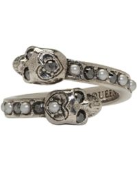 Alexander McQueen | Silver Twin Skull Ring | Lyst