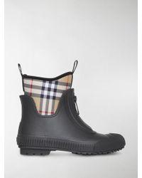 Burberry - Stivali da pioggia con Vintage Check - Lyst