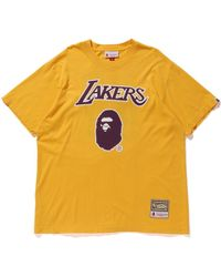 8422e3959 A Bathing Ape - X Mitchell   Ness Lakers Tee Yellow - Lyst