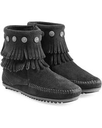 Minnetonka - Concho Fringed Suede Ankle Boots With Studs - Lyst