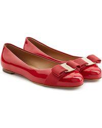 Ferragamo | Varina Patent Leather Ballet Flats | Lyst