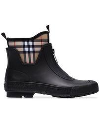 dcc1a6f23e3 Lyst - Burberry Flinton Rain Boots in Black