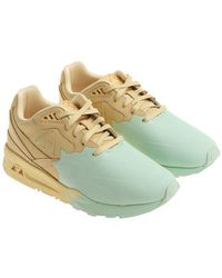 the latest e53e5 68bc8 Le Coq Sportif - Yellow And Green Nubuk Lcs R800 S Sneakers - Lyst