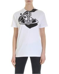a781d9b84f164e Vivienne Westwood Anglomania - White T-shirt With Arm & Cutlass Logo - Lyst