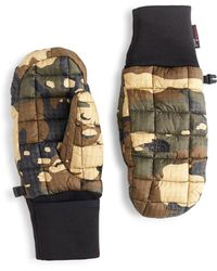 The North Face - Thermoball Mitt Camo Green - Lyst