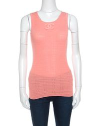 Chanel - Peach Perforated Rib Knit Logo Applique Detail Sleeveless Tank Top M - Lyst