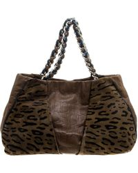 Lyst - Ferragamo Fiamma Graphic Calf-hair Tote Bag in Black a93d76ffb08bc