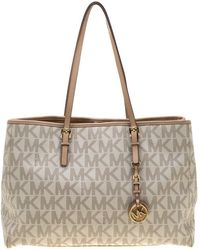 MICHAEL Michael Kors - Beige Signature Coated Canvas And Leather Jet Set Shopper Tote - Lyst