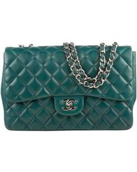 f2e08cbb31975d Chanel - Green Lambskin Jumbo Classic Flap Shoulder Bag - Lyst