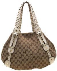7784b99388c6 Gucci - Beige/off White GG Canvas And Leather Medium Pelham Shoulder Bag -  Lyst