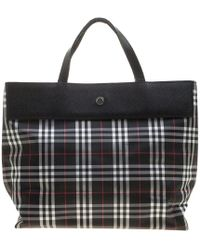 72aef3b73b9 Lyst - Burberry The Small Blaze in Patent London Leather in Red