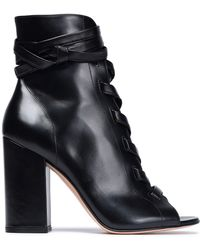 Gianvito Rossi - Lace-up Glossed-leather Ankle Boots - Lyst