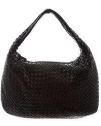 3747cdebcd9 Lyst - Bottega Veneta Grained Leather Hobo Beige in Natural