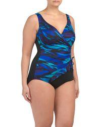 b96035a33c Nike Tidal Riot Modern V-back Swimsuit - Lyst