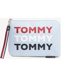 16becaf6d6 Tommy Hilfiger Tj Fem Boxy Crossover Bag in Black - Lyst