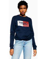 db5996b778527f Tommy Hilfiger Tommy Jeans 90s Capsule Logo Sweatshirt in Blue - Lyst