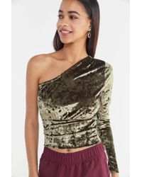 Urban Outfitters - Uo Lily Velvet One-shoulder Cropped Top - Lyst