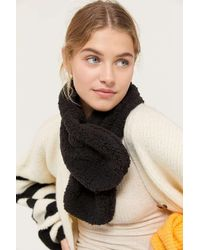 Urban Outfitters Teddy Fleece Stole Scarf - Black