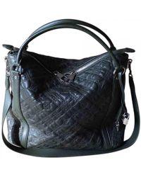 À découvrir   Sacs porté épaule Louis Vuitton femme à partir de 364 € e4bdea84be6
