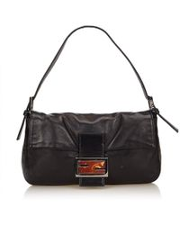 2baf47ee446c Fendi - Baguette Black Leather Handbag - Lyst